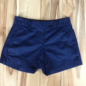 Women's Vineyard Vines navy blue shorts size 0